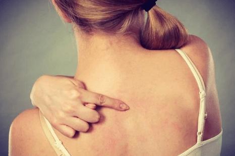 前胸后背长痘是什么原因?